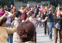Public singing and dancing in China